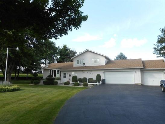 Tri/Quad/Multi-Level, House - POPLAR GROVE, IL