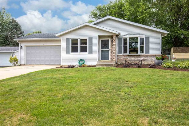 Ranch, House - FREEPORT, IL