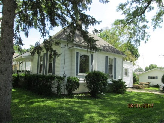 1.5 Story, House - BELVIDERE, IL (photo 3)