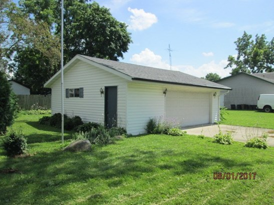1.5 Story, House - BELVIDERE, IL (photo 4)
