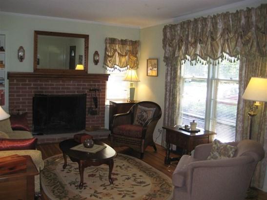 1.5 Story, House - MACHESNEY PARK, IL (photo 2)