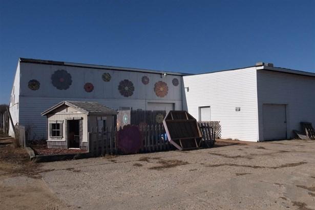 House, 2 Story - POPLAR GROVE, IL (photo 5)