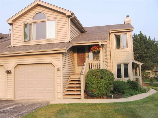 Condominium, Ranch Style - LOVES PARK, IL (photo 1)