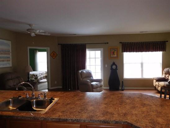Condominium, First Floor - CHERRY VALLEY, IL (photo 3)