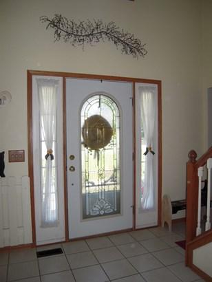 House, 2 Story - ROSCOE, IL (photo 2)