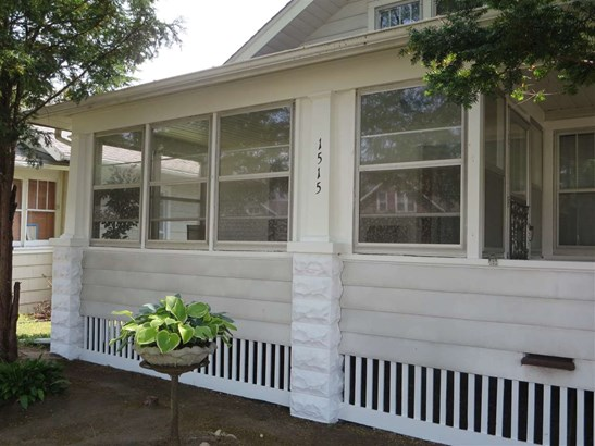 1.5 Story, House - ROCKFORD, IL (photo 4)