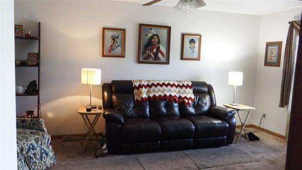 House, Bi-Level - LOVES PARK, IL (photo 5)