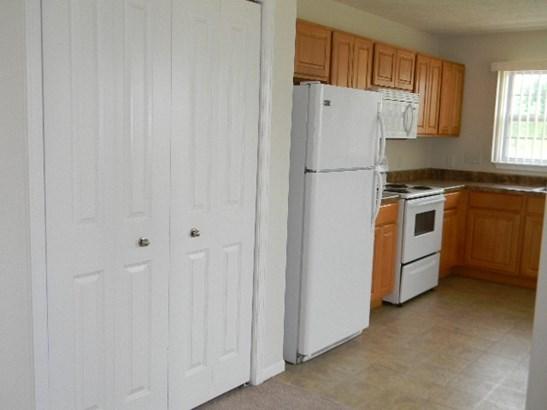 Condominium, Ranch Style - MACHESNEY PARK, IL (photo 4)