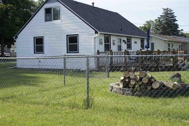 House, 2 Story - MACHESNEY PARK, IL (photo 5)