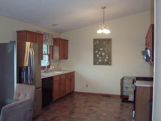 Tri/Quad/Multi-Level, House - MACHESNEY PARK, IL (photo 3)