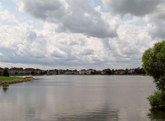 1.5 Story, House - WINNEBAGO, IL (photo 2)