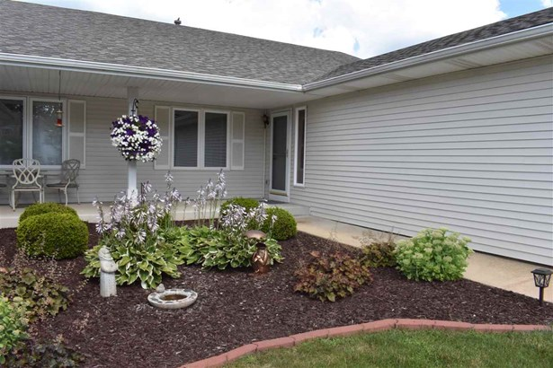 Condominium, Ranch Style - LOVES PARK, IL (photo 2)
