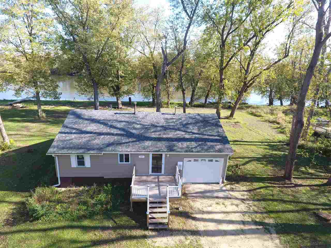 1.5 Story, House - ROSCOE, IL (photo 1)