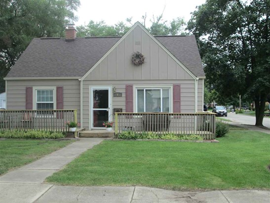 1.5 Story, House - LOVES PARK, IL (photo 1)