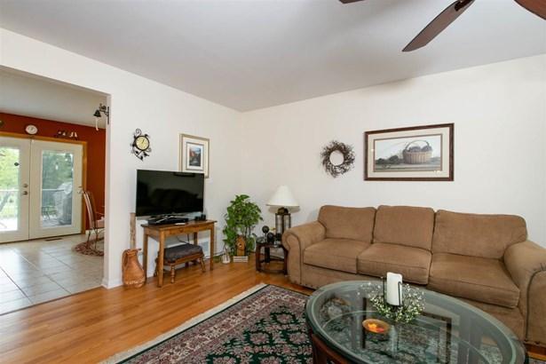 House, Bi-Level - ROCKFORD, IL (photo 4)