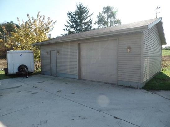 Detached Garage (photo 2)