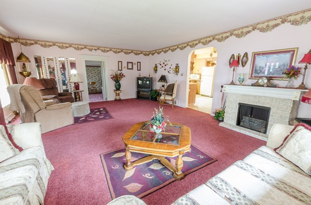 Big living room (photo 3)