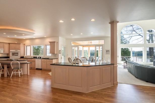 Beautiful kitchen (photo 3)