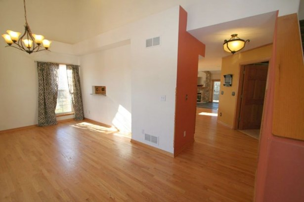 Foyer to Living Room (photo 3)