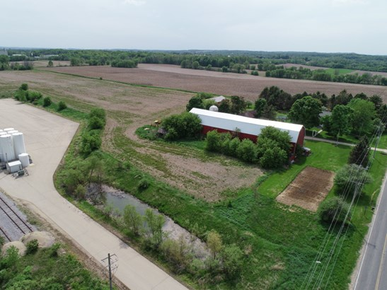 Aerial View (photo 3)