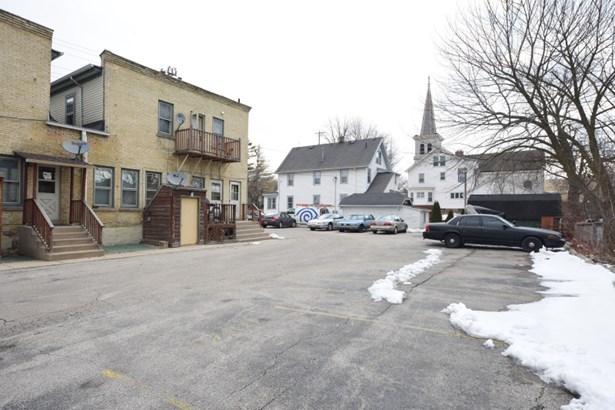 Back Parking Lot (photo 5)