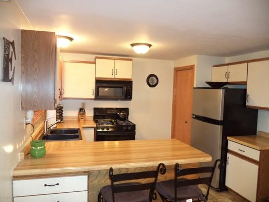 Kitchen view #2 (photo 3)
