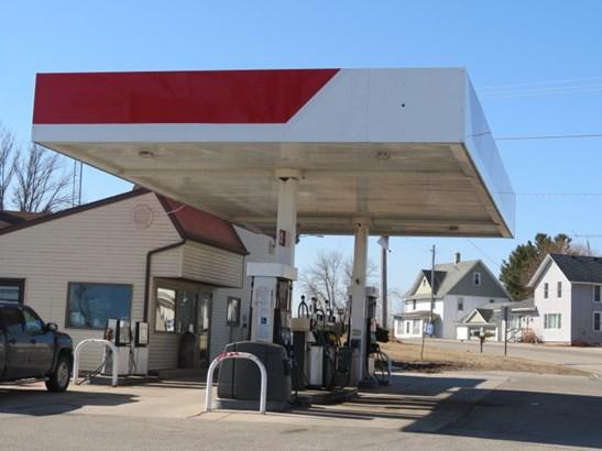 GAS STATION (photo 4)