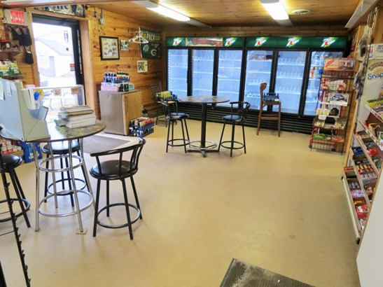 DINING AREA IN STORE (photo 5)