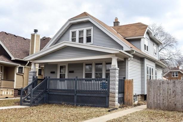Big front porch! (photo 1)