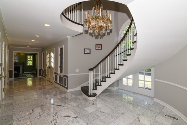 Spiral Staircase/Marble Foyer (photo 3)