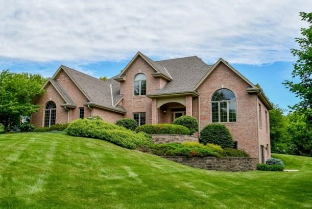 Gorgeous Brick Home (photo 1)