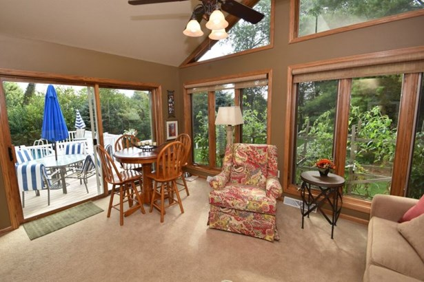 Sun Room with Deck Access (photo 5)