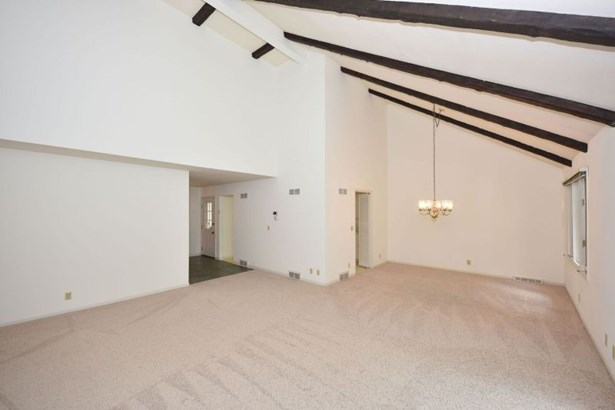 Another Angle of Great Room (photo 5)