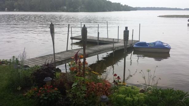 Lake (photo 4)