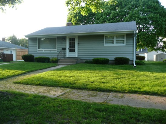 218 Hoover Ave (photo 1)