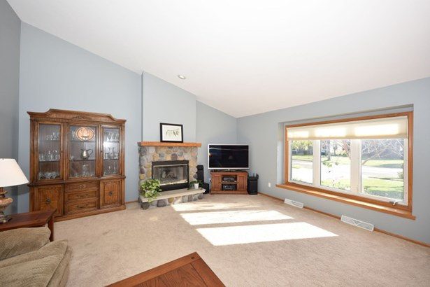 Living Room with Gas Fireplace (photo 3)