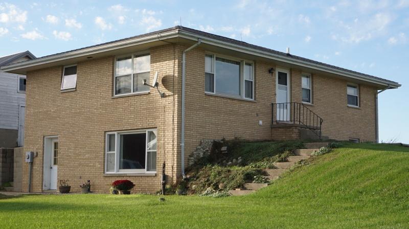 House (photo 2)