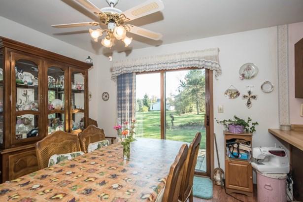 Dining room with Patio Door (photo 4)