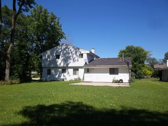 Back of House (photo 2)