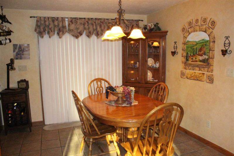 Kitchen view (photo 3)