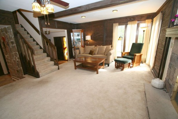 Living Room to Entryway (photo 5)