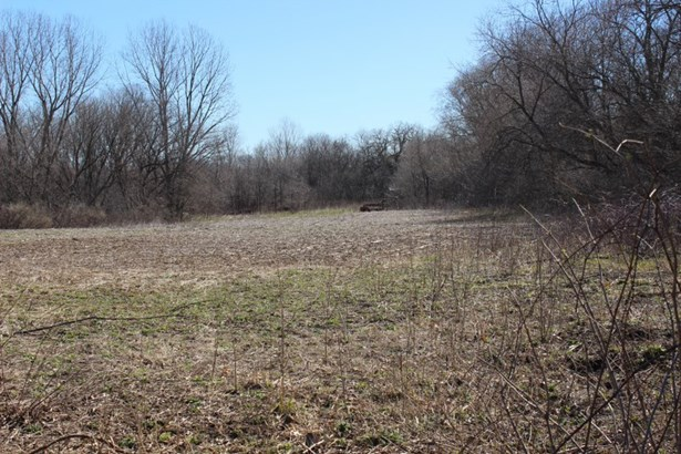 12 Acres of Kettle Moraine (photo 1)