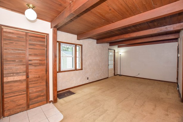 Carpeted Living Room (photo 3)