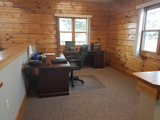 Office 2 (photo 5)
