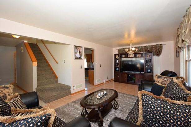 Formal Living Room 2 (photo 3)