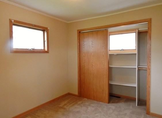 Nice Size Closets (photo 5)