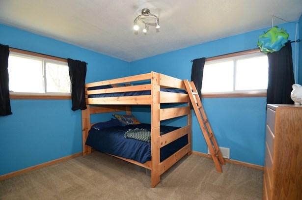 Bedroom 3 (photo 4)
