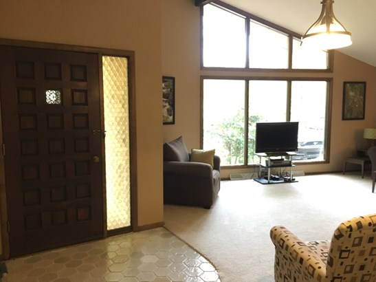 Open Concept to Living Room (photo 4)