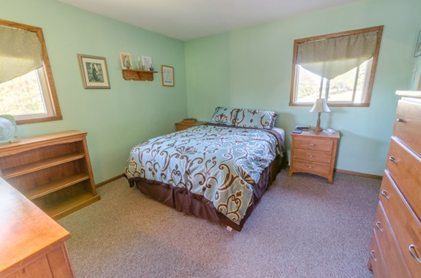 Bedroom 1 (photo 3)