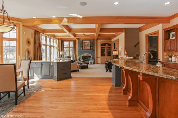 Great Room and Kitchen (photo 5)